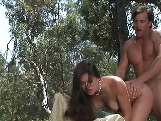 Brunette Stephanie Swift sucks like a sex crazed animal in oral action