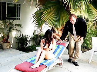 Evan Stone exlodes after Brunette India Summer gives magic mouth job