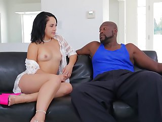 Lex Steele gets seduced into fucking by Brunette Kristina Rose