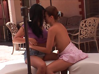 Brunette Mia Lelan with gigantic boobs and Elexis Monroe open their legs legs wide for each other and have lesbian fun