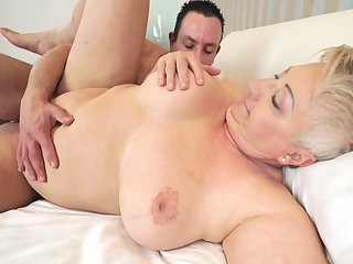Blonde with giant jugs does dirty things and then gets covered in sticky nectar