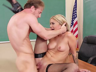 Ryan Mclane can't resist attractive Madelyn Monroe's attraction and bangs her mouth like crazy