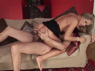 Steve Holmes uses his hard pole to make blowjob addict Milf David Perry with massive boobs happy after backdoor fucking