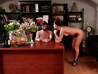 Logan Pierce shows nice sex tricks to Redhead India Summer with the help of his stiff cock