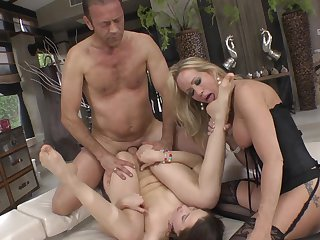 Group Sex Video One Tube