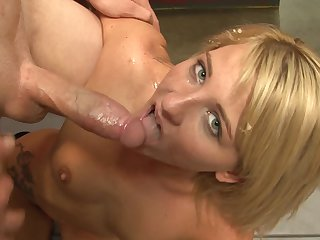 Teen kitty Casey Cumz enjoying the earth moving fuck