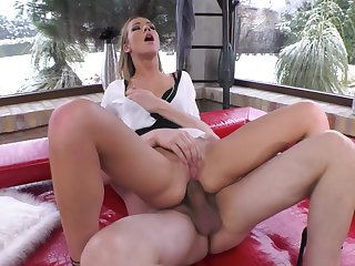 Alexis Crystal makes a dirty dream of never-ending fucking a reality