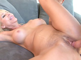 Blonde wench Erica Lauren wants this hardcore anal session to last forever