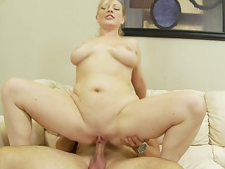 Blonde Vicky Vixen and hot blooded guy have oral sex on cam for you to watch and enjoy