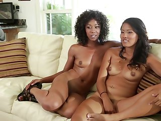 Brunette oriental Skin Diamond needs nothing but London Keyes's sweet lesbian twat to lick to get satisfaction