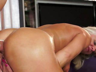 Blonde has some dirty fantasies to be fulfilled with guys hard cock in her mouth