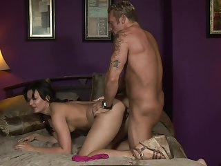 Teen Crissy Moon loves intense dick sucking in steamy oral action with lucky guy