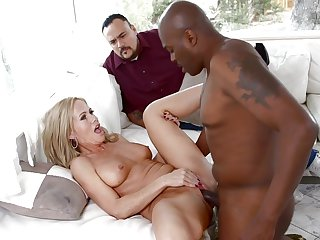 Lex Steele has unthinkable oral sex with Blonde Simone Sonay
