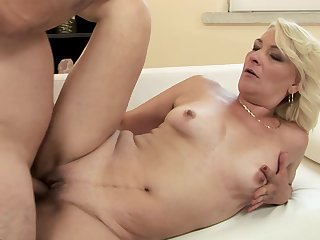 Mature has a good time sucking guy's love torpedo